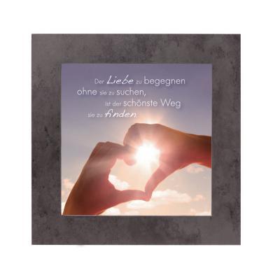 Kunstglasbild mit Schieferrahmen - Der Liebe begegnen